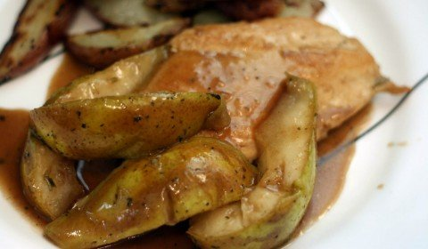 balsamic chicken and pears